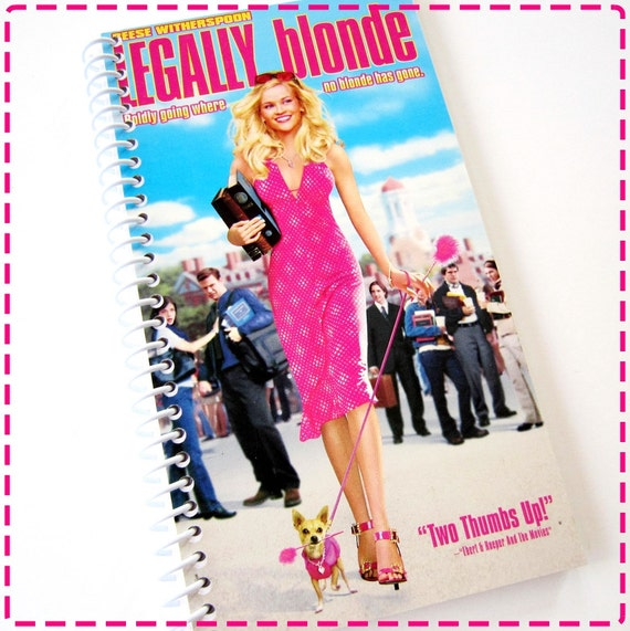 a review on the movie legally blonde 2001 The first legally blonde movie premiered in 2001  it received mostly negative  reviews, although since then, it has become sort of a cult.