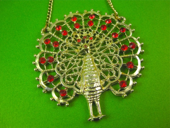 Vintage 1970s Large Rhinestoned Peacock Pendant Necklace MINT