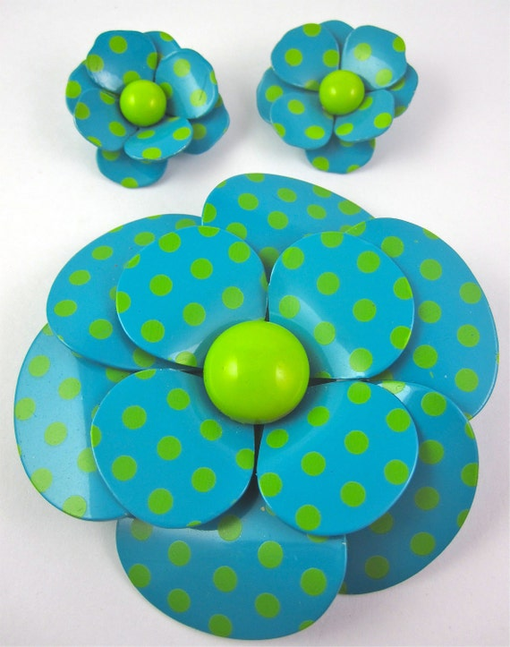 Vintage 60s Polka Dot Enamel Flower Pin Brooch and Earrings