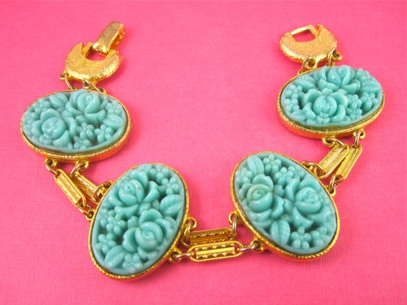 Vintage 50s Turquoise Molded Glass Flower Cabochon Bracelet