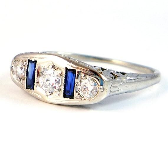 18K WG Antique Art Deco Diamond Sapphire Filigree Ring