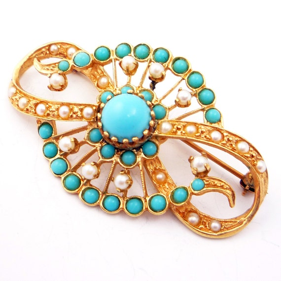 14K Vintage Victorian Revival 1950s Turquoise and Pearl Brooch