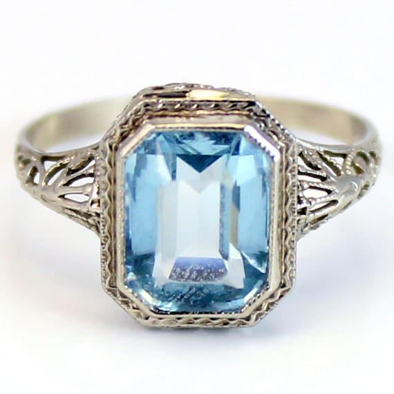 14K Antique Art Deco 1920s CT Aquamarine Filigree Ring