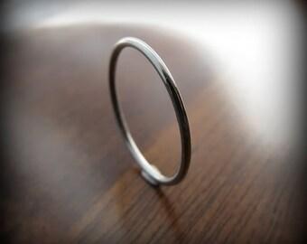 Platinum ring - smooth skinny stacking ring (sizes 7 - 10)