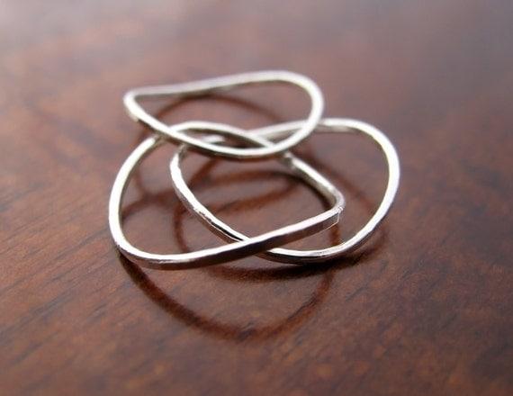 Wavy skinny rings trio - stacking rings