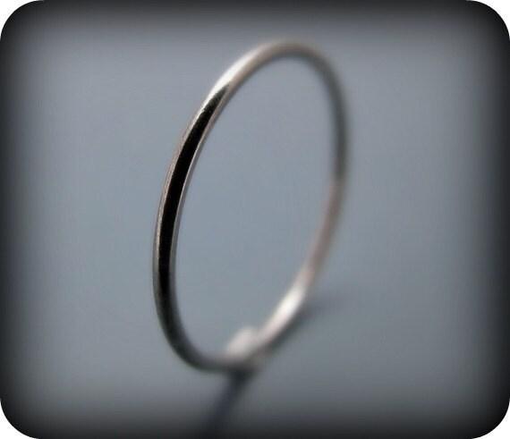 Palladium - smooth stacking skinny ring (sizes 1 to 6.75)