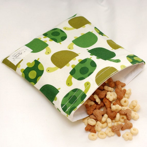 Turtle Crossing - green by mamamade Eco-Friendly Reusable Sandwich Bag