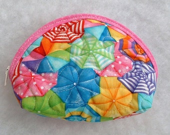 Small Quilted Purse - Beach Umbrellas