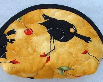 Small Quilted Purse - Dancing Crows