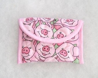 Quilted Card Holder - Pink pigs