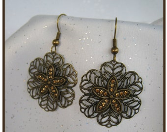 Intricate Metal Wire Earrings with Light Topaz Flower in Center