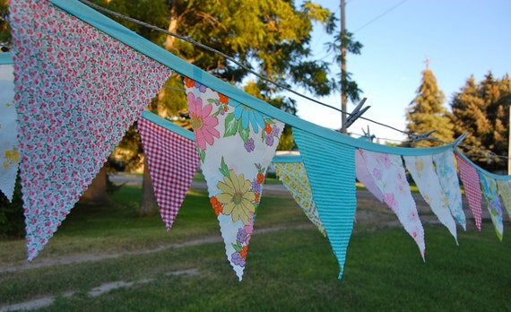 Bright Blooms Vintage Sheets Fabric Pennant Banner - 11'