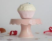 Tiny Scallop Cake Stand - Pink
