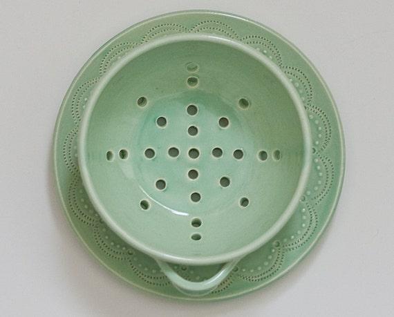 Stitch Berry Bowl - Green - Small