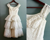 50s XXS/XS Tiered Cream Lace fairytale Wedding GOWN