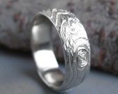 Mens white GOLD wedding band wood grain ring PLYWOOD 14 kt faux bois Made to Order