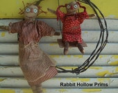 Primitive Momma and Me Raggedy Barb Wire Wreath Set