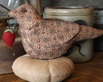 Primitive Folk Art Bird Pincushion Digital PDF Pattern, Primitive Bird, Bird Pin Keep