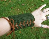Elven Bracers, Archery Arm Guards Pair - Elf Costume Armor in Green and Brown