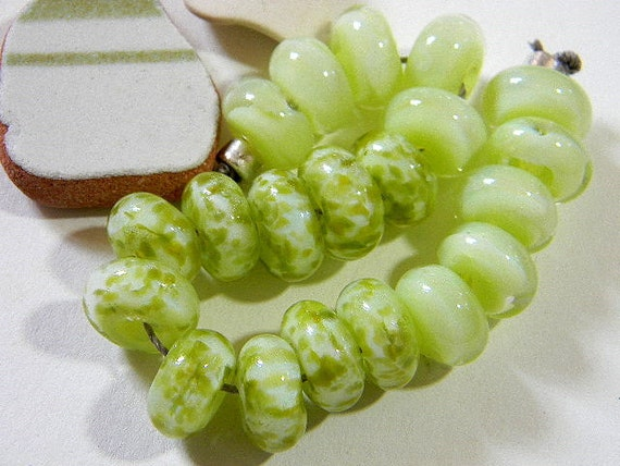 Handmade Lampwork Beads KEYLIME by Two Sisters Designs