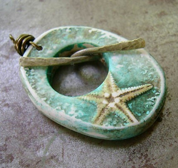 Wishes and Starfishes Toggle Pendant