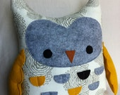 Owly Pocket Pillow
