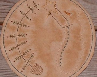 Primitive Stitchery Candle Mat PATTERN Snowman and Feather Tree