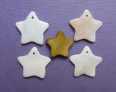 5 STARS PENDANTS mother of pearl 25MM