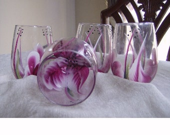 Stemless wine glasses,berry/white . Hand painted
