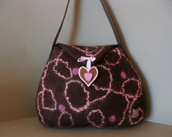 Handfelted bag