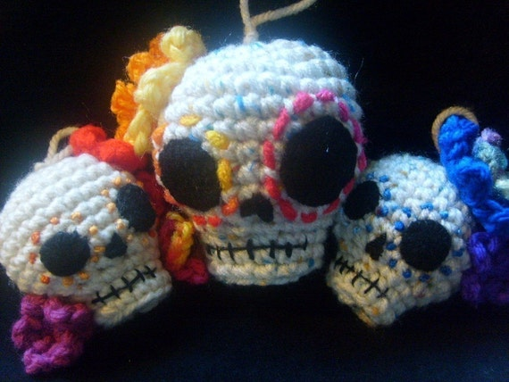 Crochet Pattern-Day of the Dead/Sugar Skull hanging ornaments- 2 sizes PATTERN ONLY