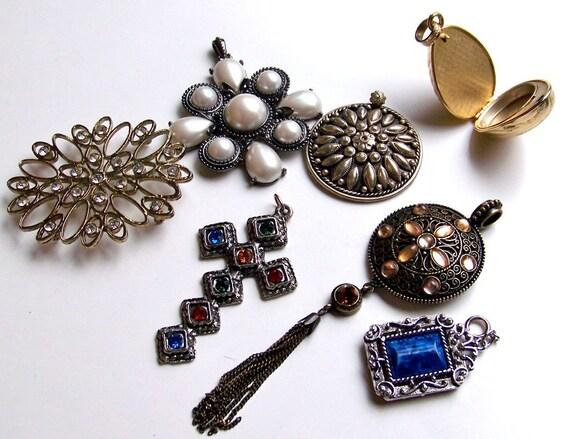 SJK Vintage -- Destash Lot of Seven Vintage Pendants (No Chains)