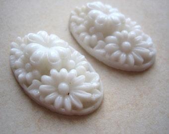 Vintage cabs (2) white glass cabs carved oval mid-century Japan Cherry Brand (2)