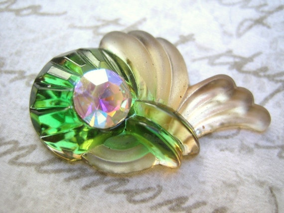 Rare pair Vintage cabochon stone  frosted glass emerald topaz frosted givre West Germany- (2)