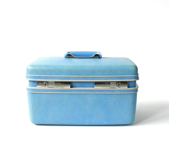 Sky Blue Train Case Sears Courier made by Samsonite
