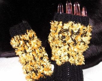 fm035 Hand Knit Fingerless Mittens Black&Gold texting gloves