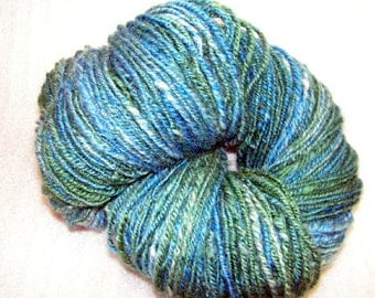 Y237 Hand Dyed and Hand Spun Soft Romney Navajo Plyed Yarn 222Y 6.8 Oz