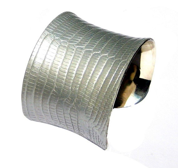 Silver Metallic Lizard Leather Cuff Bracelet - by UNEARTHED