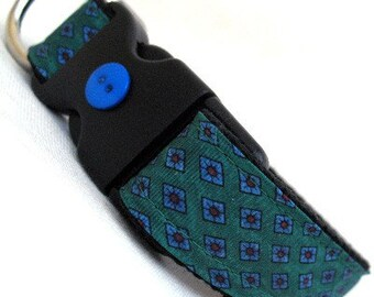Eco Pet Collar - Recycled Green Diamond Silk Necktie