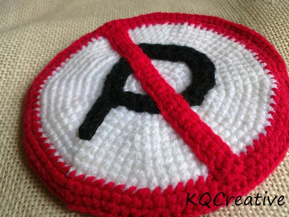 "Crochet Coin Purse with Zipper-""No Parking"" Sign"