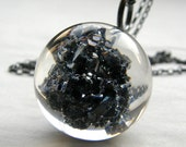 Resin Necklace with Carborundum. Silver