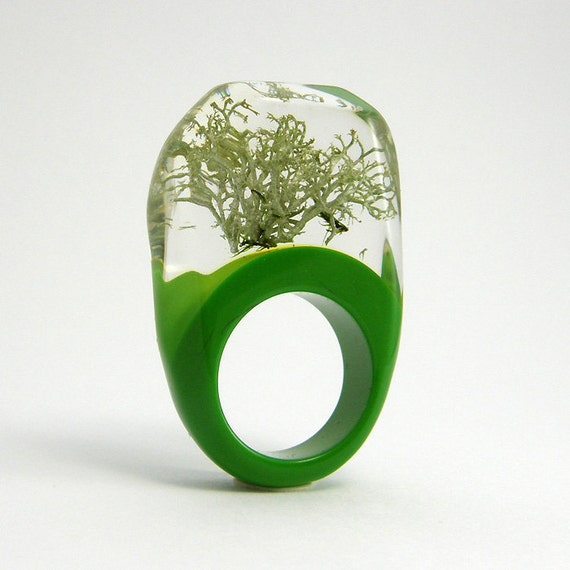 Silver Moss and green resin Ring