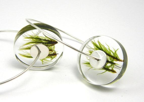 Alcee Moss, resin earrings with moss