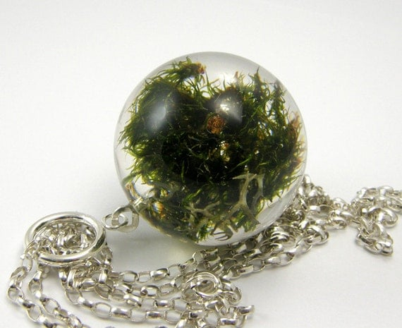 Green and Silver Moss Necklace, Resin necklace with moss