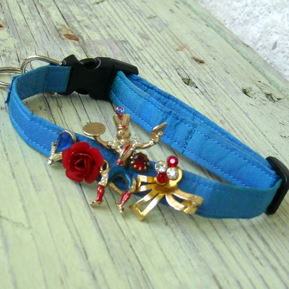 Half Price Sale Royal Blue Foo Foo Dog Collar with Man Playing Symbols