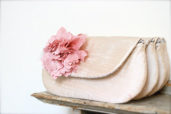wedding clutch, personalize the perfect bridesmaid gift