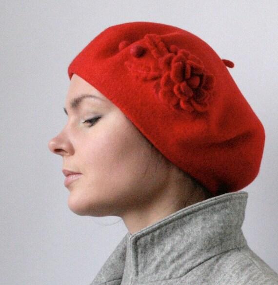 Scarlet Red Rose Beret Hat -- Hand Felted Wool -- Size Medium