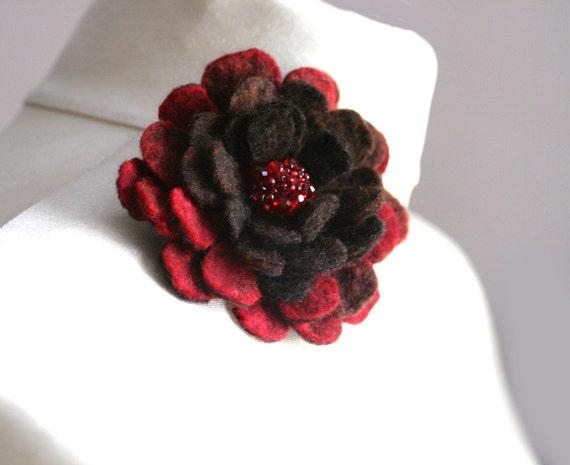 Brown Red Dahlia - Felt Flower Brooch - Hand felted wool - size Small