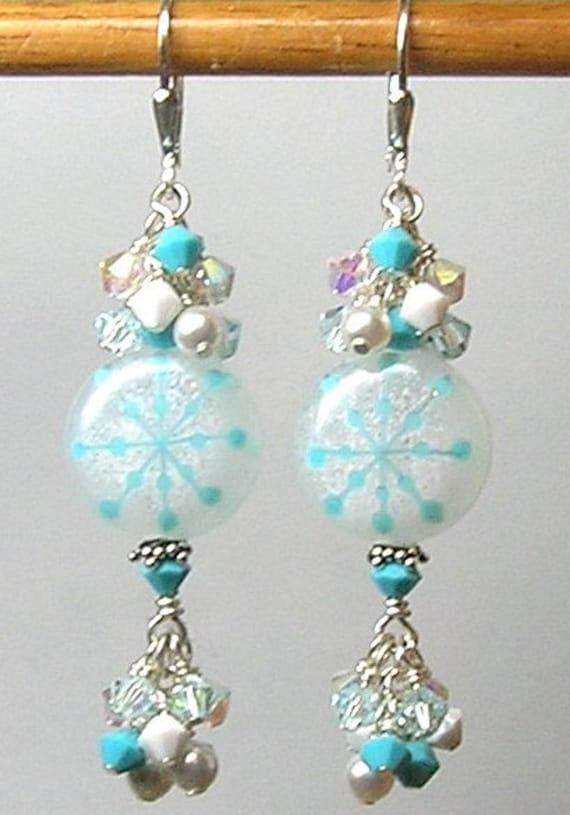 Glitterbug Originals TURQUOISE SNOWFLAKES Handmade Lampwork Art Glass Earrings SRAJD