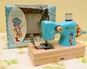 Vintage Toy Holly Hobbie Sewing Machine